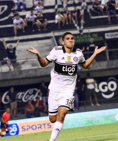 Olimpia volvió a golear y lidera el Clausura