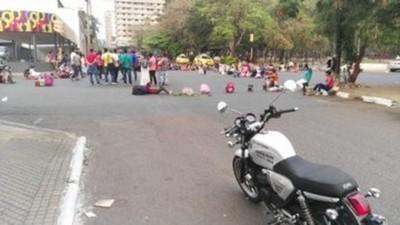 Varias movilizaciones obstaculizan tráfico en zona del centro