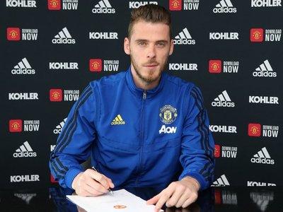 De Gea renueva con el Manchester United hasta 2023