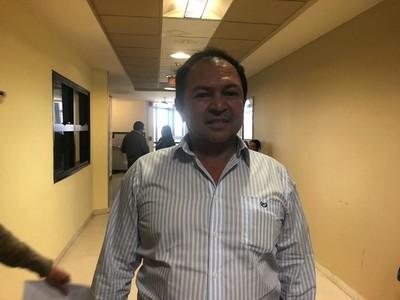 Cámara de Diputados destituye a intendente de San Carlos del Apa