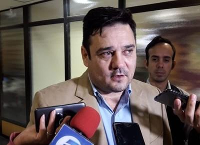 Por unanimidad, absuelven de culpa y pena al senador Enrique Salyn Buzarquis