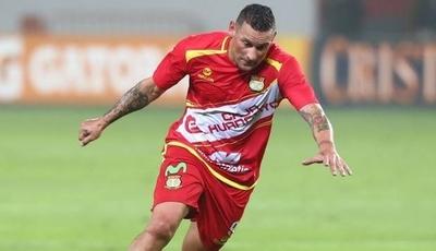 HOY / Un gol de Neumann mantiene líder al Huancayo en Perú