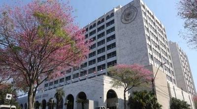 HOY / Marcaban y se retiraban: Corte expone a más de 50 planilleros judiciales