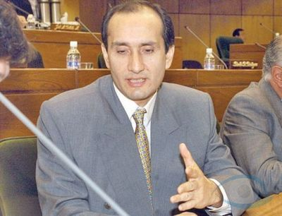 Senador sostiene que es inconstitucional sustituir a la Policía por las Fuerzas Armadas