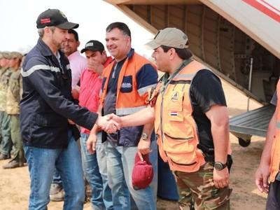 Mario Abdo supervisó tareas encaradas para sofocar incendios en el Chaco