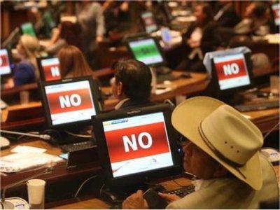 Ecuador: Parlamento rechaza despenalizar aborto en caso de violación