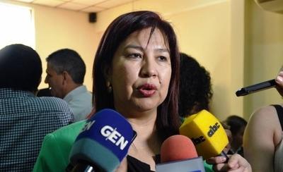 HOY / Paro UNA: rectora busca apoyo de legisladores para conseguir ampliación