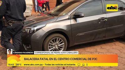 Balacera fatal en centro comercial de PJC