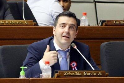 Stronismo sigue dividiendo a los legisladores paraguayos