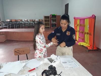 Estudiantes de Paraguarí son beneficiados con el proyecto de cedulación masiva