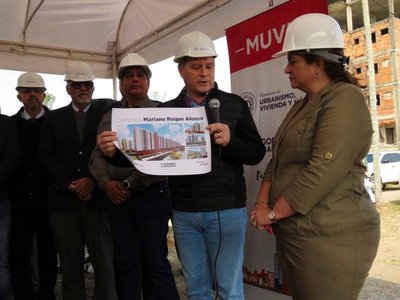 Inicia construcción de 3.000 viviendas para la clase media