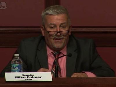 Senador del estado de Pensilvania fue arrestado por poseer pornografia infantil