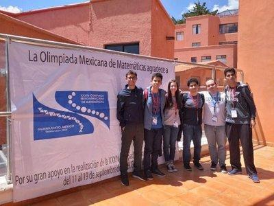 Paraguay trajo medalla de plata de Olimpiada de Matemática