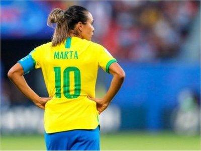 La brasileña Marta creará albergue para animales abandonados