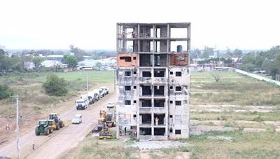 Gobierno construye departamentos en complejo de Mariano