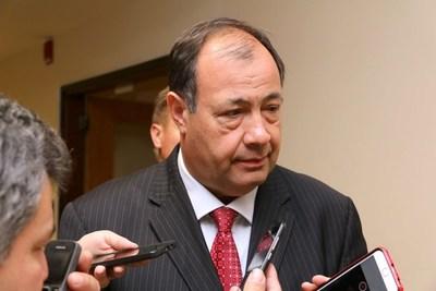 """Senador """"oficialista"""" Afara presentó sugestivo pedido de informe al MOPC sobre licitaciones hechas y por hacer"""