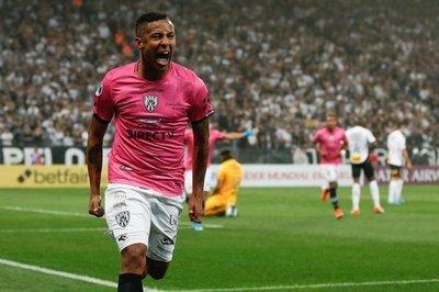 Independiente del Valle vence a Corinthians y pone un pie en La Nueva Olla