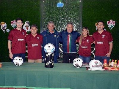 Fluminense inaugura su escuela de fútbol en Paraguay