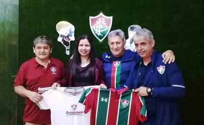 """""""Los Guerrerinhos"""", segunda escuela de fútbol carioca en Luque •"""