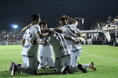 Sol clasifica a cuartos de final tras vencer a Atyrá FC