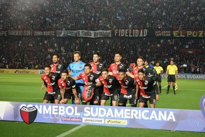 Colón logra una esforzada ventaja, en semifinal de la Sudamericana