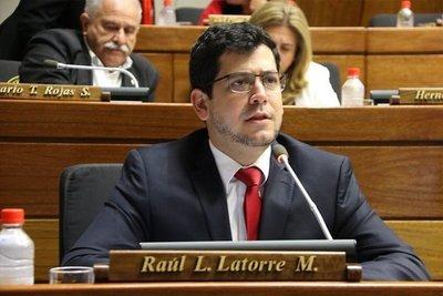Latorre aseguró que cambio que pretende Villamayor en Ley de la Policía no solucionará problema de inseguridad