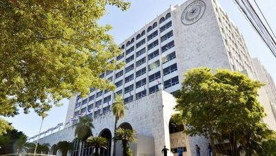 """Corte habría destinado casi G. 2.000 millones para """"planilleros"""" en 2018"""