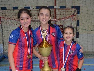 Cerro Porteño gana la Súper Liga de hándbol femenino Sub 12