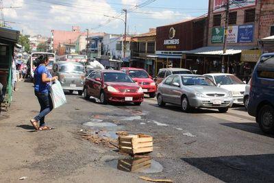 Trasladarán caños de Essap para evitar futuros baches en Asunción