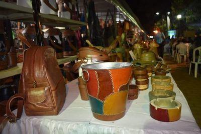 Lanzamiento de la Expo Cuero Atyrá se realizó esta noche