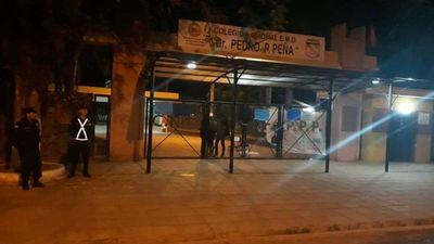 Toma de colegio en Cnel. Oviedo y exigen destitución de director