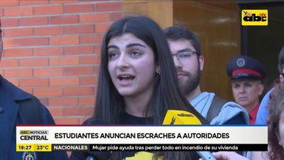 Estudiantes anuncian escraches a autoridades