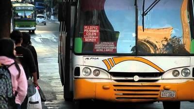 Transporte público podría ir a paro por falta de garantías del Gobierno