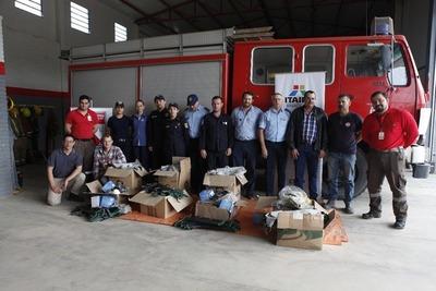 Itaipú entregó equipos a Bomberos para combate de incendios en el Chaco