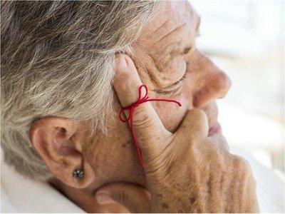 Factores ambientales son claves en el desarrollo del alzheimer