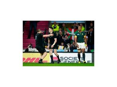 Nueva Zelanda resiste y va a jugar la final del Mundial
