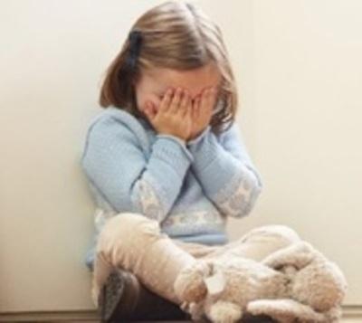Docente que abusó de alumna obtiene libertad transitoria