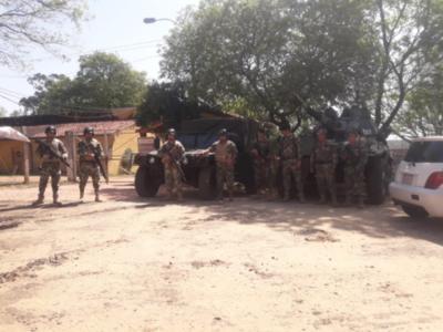 Militares refuerzan seguridad en penales