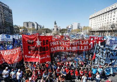 Macri: A algunos les cuesta salir adelante