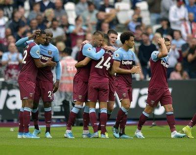 West Ham supera al Manchester United