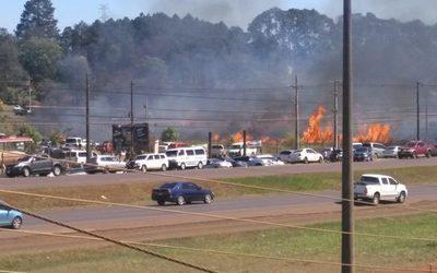Petardo proveniente del festejo de cumpleaños de Digno Caballero provoca incendio