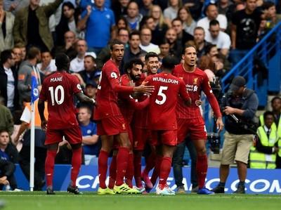 Liverpool derrota a Chelsea y continúa invicto