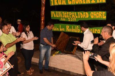 Inauguran plaza en homenaje a la juventud de Choré