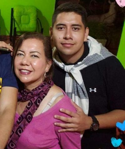 Mujer y su hijo caen de un cerro de 650 m. en Colonia Independencia