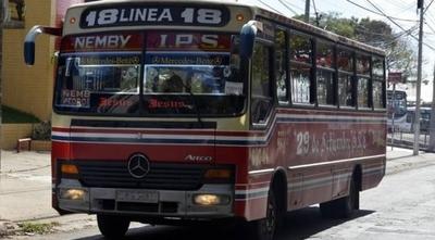 """HOY / Amenazan con paro de transporte si no 'frenan' a Línea 18: """"O trabaja el informal o el formal"""""""