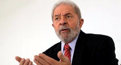 El expresidente Lula considera «humillante» la sumisión de Bolsonaro ante EEUU