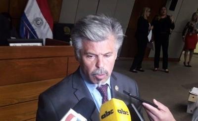 HOY / Giuzzio pedirá reajuste de presupuesto para contratar más agentes y canes antidrogas
