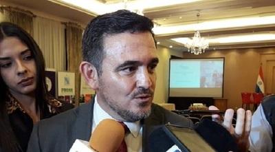 Petta es denunciado ante la Fiscalía por falta de docentes