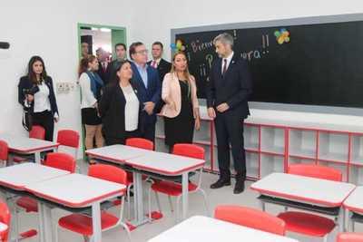 Escuela y Colegio de Sajonia luce renovada infraestructura con apoyo de Yacyretá