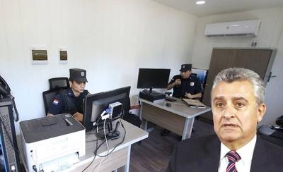 """HOY / Villamayor compró """"muebles de oro"""" para comisarías móviles"""